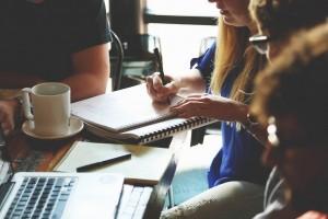 Cómo crear tu protocolo de trabajo en equipo con otros profesionales freelance